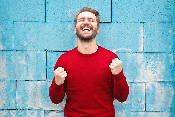 Güzel gülümsemenin sosyal hayatımızdaki etkileri